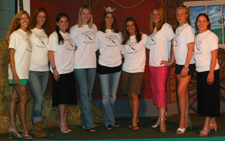 Contestants wearing Miss Apple Valley T-shirts donated by Hudson Valley Impressions