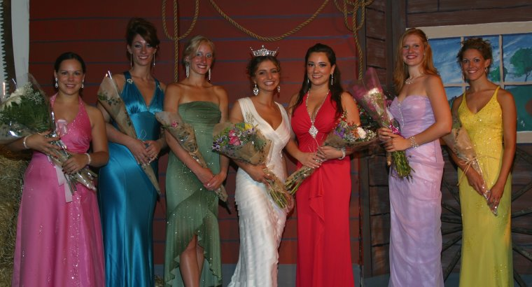 Photo from the pageant in August 2006